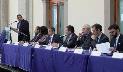 """Encuentro """"La Democracia Electoral y los Retos de la Nueva Década"""